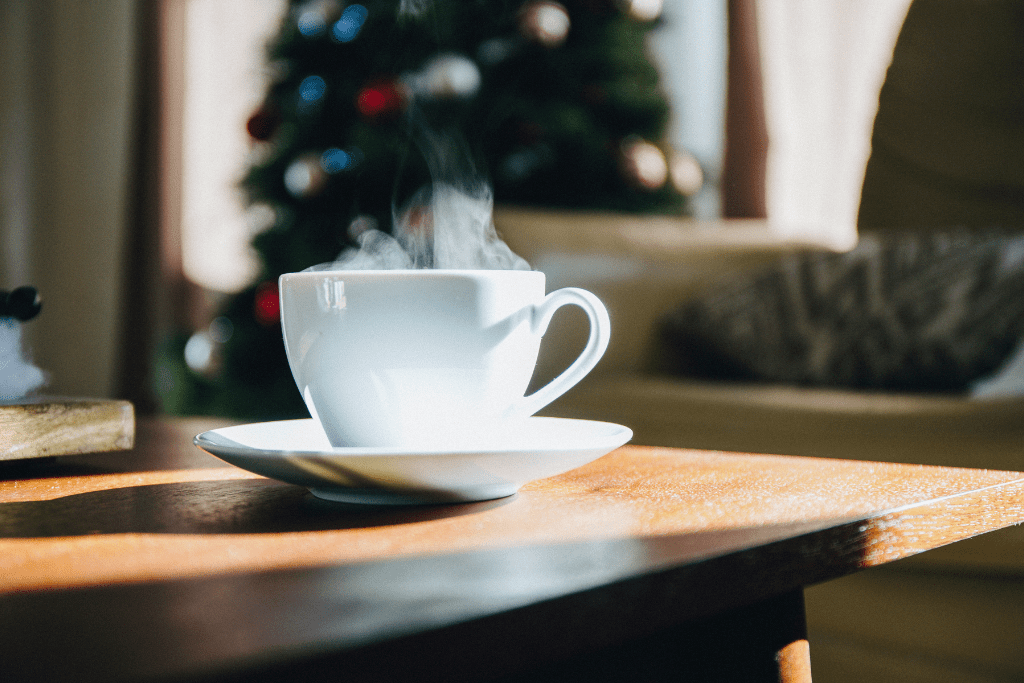 12 Strategies for Finding a Job During the Holidays